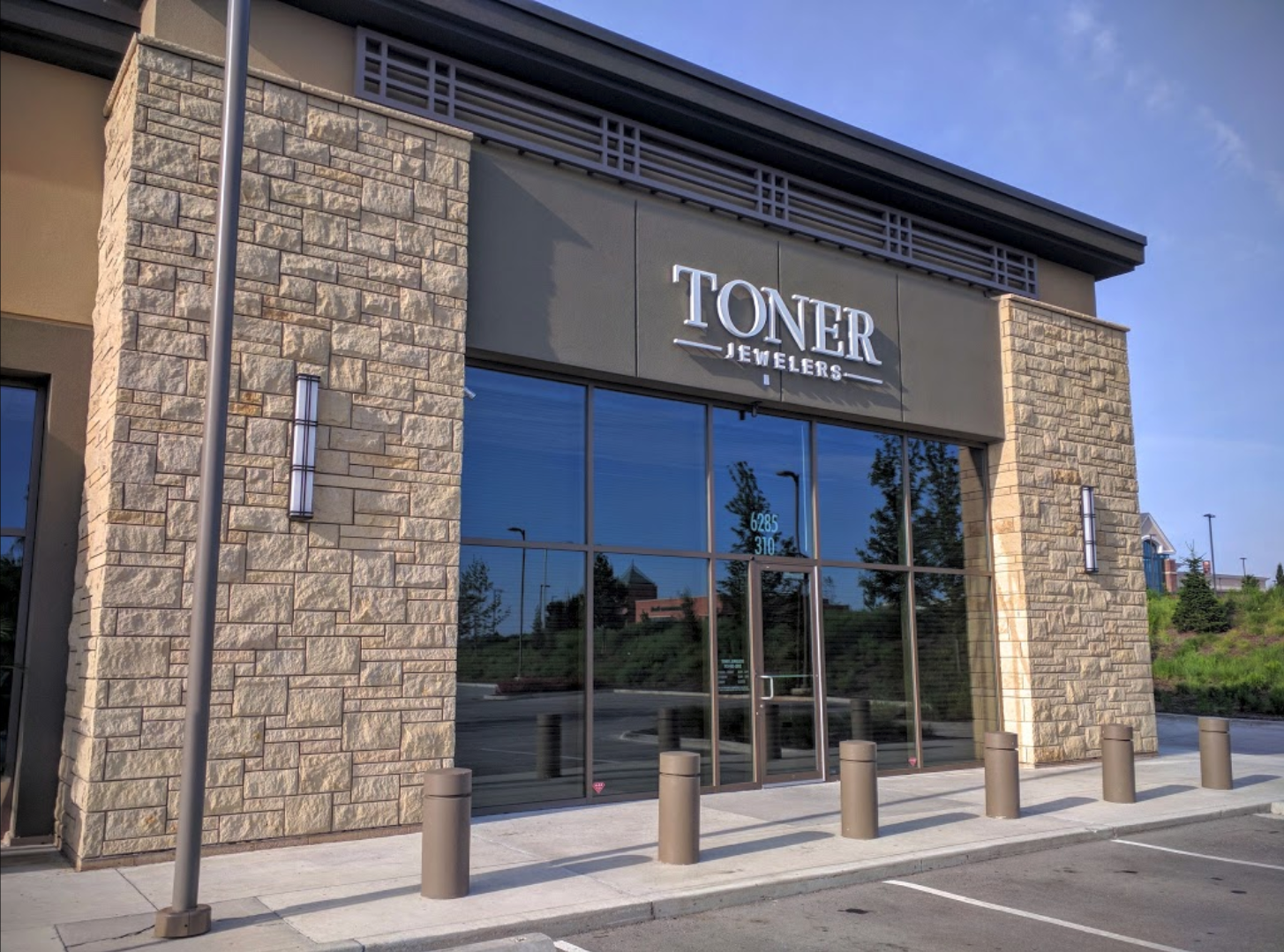 Family-Owned Jeweler in KC Since 1980 | Toner Jewelers in ...